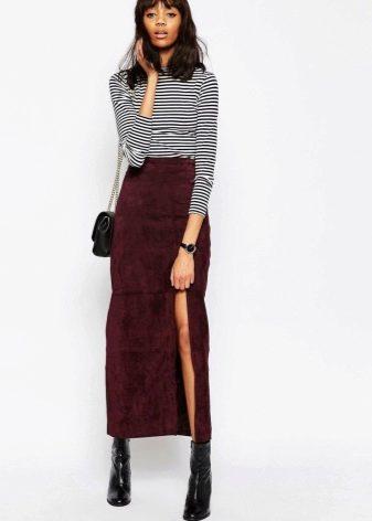 Двумя юбками разной длины
