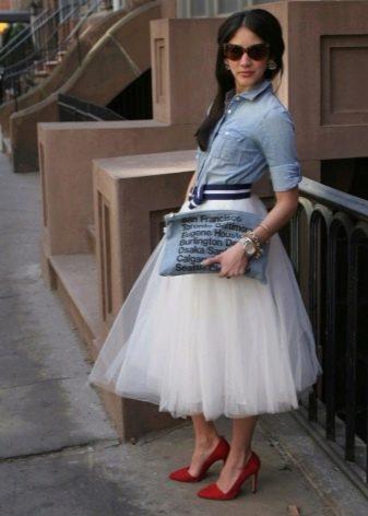 Белая воздушная юбка