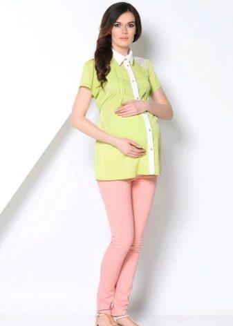 26a9a05b19f5a37 Еще одним популярным материалом, из которого часто шьются блузки для  беременных женщин, является вискоза. Этот тонкий и легкий материал  гигроскопичен, ...