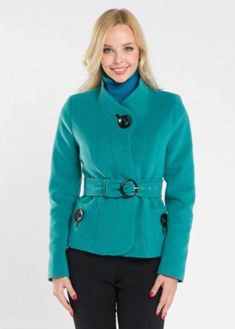 799c5873a5c Самым распространенным вариантом была и остается укороченная модель куртки- пальто на каждый день. Такой фасон одежды прекрасно дополнит гардероб как  юной ...