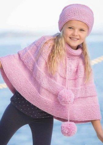 вязаное пальто для маленьких