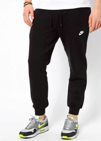 cca990e1 Для занятий спортом на улице, советуем остановить свой выбор на утепленных  моделях спортивных трикотажных штанов с подкладкой из флиса