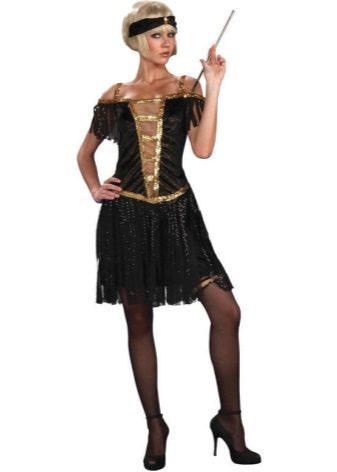 Гангстерский стиль одежды для женщин наиболее часто предусматривал платье  из шелка или бархата, меховую легкую накидку, высокие чулки и, конечно же,  ... 48ab54fe24f