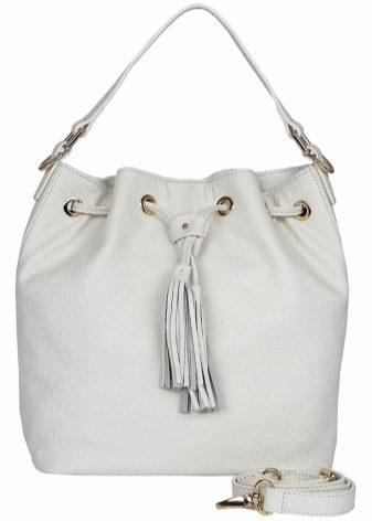 2a7eef0131fb Вот уже много лет спросом пользуются сумки-кошельки. Как правило, они  надеваются на пояс. Выглядят эти модели не очень женственно, но это  абсолютно не ...