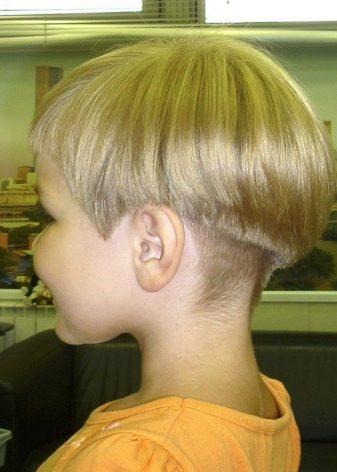 Подстричь мальчика