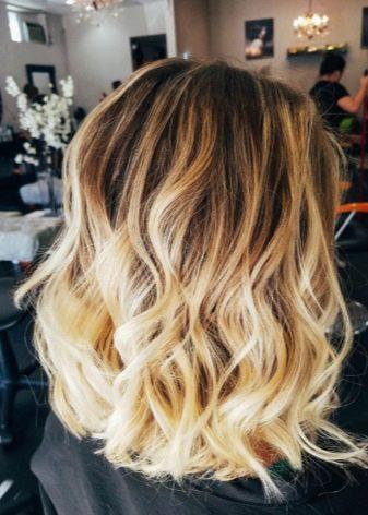 Светлые пряди на темные волосы