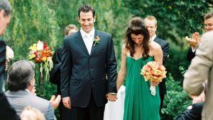 Зеленые свадебные платья – для необычных невест