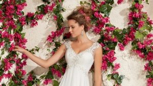 Свадебные платья с завышенной талией – для безупречного силуэта