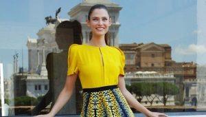 Желтые блузки