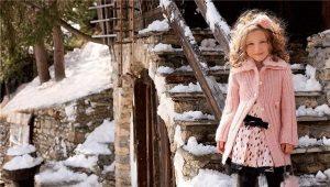 Шерстяное пальто для девочки