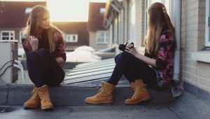 Женские ботинки без каблука