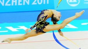 """""""Летящие линии"""": купальники для художественной гимнастики"""