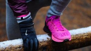Непромокаемые кроссовки