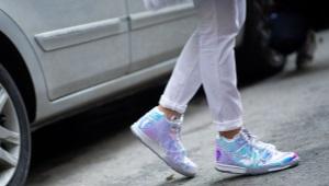 Высокие детские кроссовки