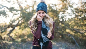 Женский комплект - шапка и шарф
