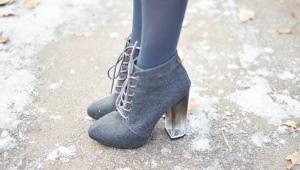 Ботильоны на каблуке и на шнуровке