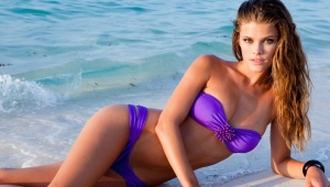 Фиолетовый купальник
