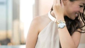 Женские швейцарские часы