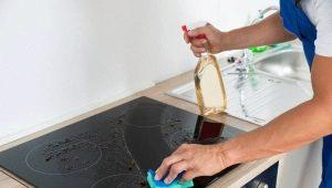Как отмыть стеклокерамическую плиту от нагара?