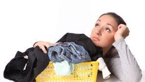 Чем отстирать мазут c одежды и обуви?