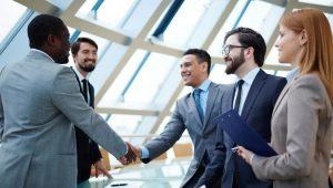 Правила поведения в коллективе: особенности отношений в офисе