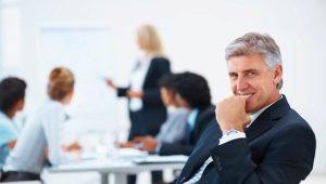 Служебные этика и этикет: правила поведения работников и руководителя