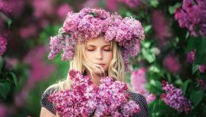Выбираем цветы для женщины Рака