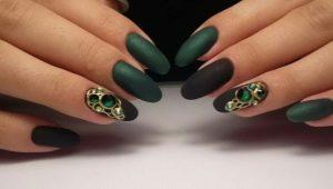 Черно-зеленый маникюр: модные и необычные идеи дизайна