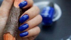Маникюр в синих тонах: идеи дизайна и модные тенденции