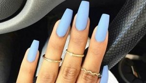Матовый голубой маникюр – элегантность и простота