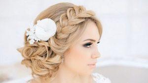Варианты свадебных причесок с косами для волос разной длины