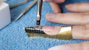 Технология наращивания ногтей на формах