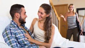Что делать, если муж изменил жене с ее подругой?