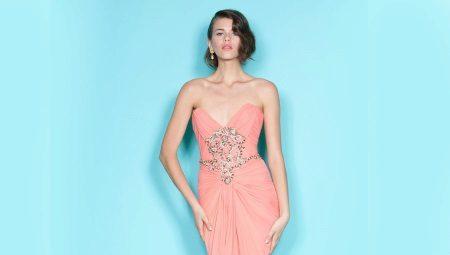 Коралловые платья – для изысканных девушек