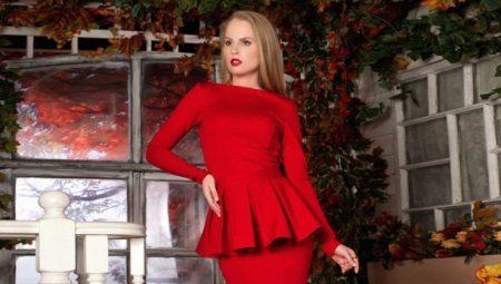 Платье с баской – эффектный образ