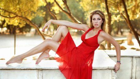Красные сарафаны