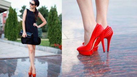Красные туфли и черное платье