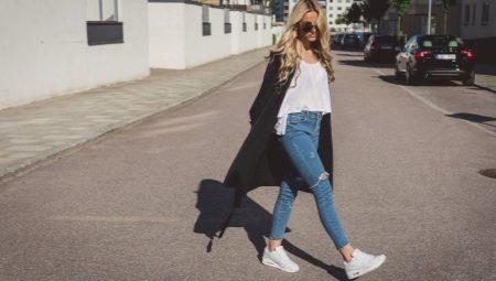 86d808e2 Как носить кроссовки с джинсами (58 фото): сочетания, образы и луки