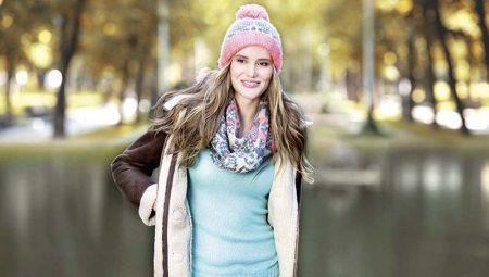 Как завязать шарф на одежду с капюшоном?