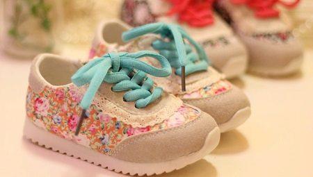 2afefb8ef Детские кроссовки (86 фото): для девочек-подростков 12 лет, размеры ...