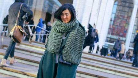 186d00d7f1e1 Женские вязаные шарфы (33 фото): красивые модели для женщин, зимние ...