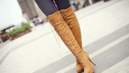 487f865e5976 Коричневые замшевые сапоги (35 фото): с чем носить женские модели на ...