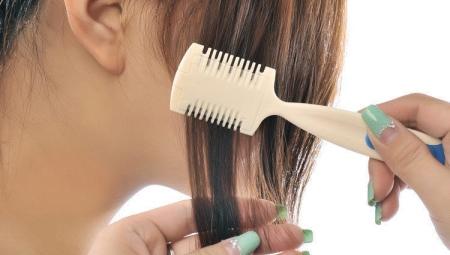 Расческа с лезвием для стрижки волос