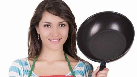 Как отмыть сковороду от нагара в домашних условиях?