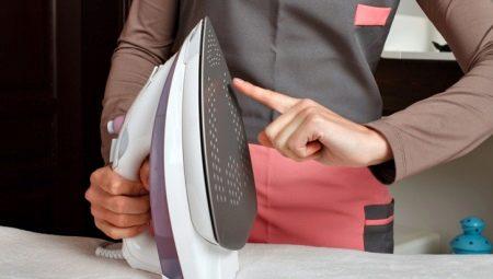 Как почистить утюг с тефлоновым покрытием от пригоревшей ткани?