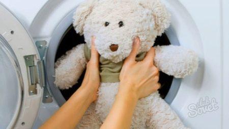 Как правильно стирать мягкие игрушки в стиральной машине?