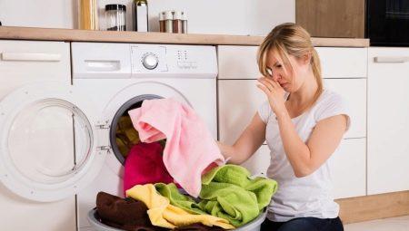 Как удалить плесень с ткани?