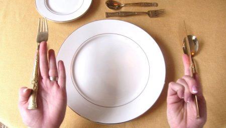 Правила этикета за столом: изучаем столовые приборы