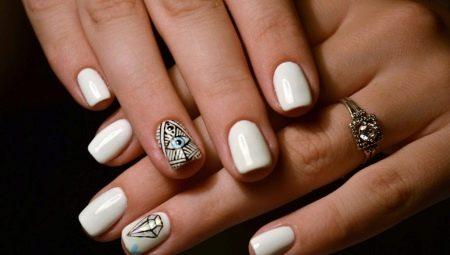 дизайн коротких ногтей со стразами 6
