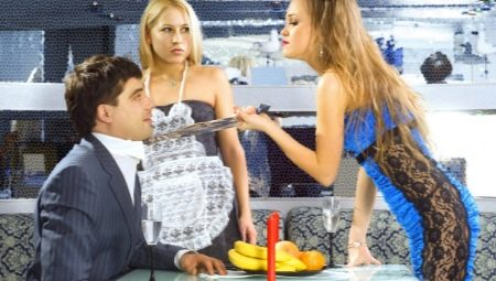 Ревнивая девушка: причины и признаки ревности, как себя вести?